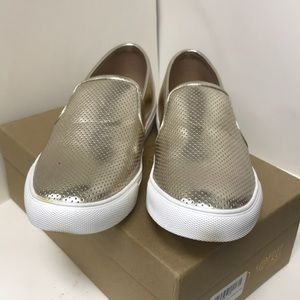Kaley-01 (D) Perforated Slip on Sneakers